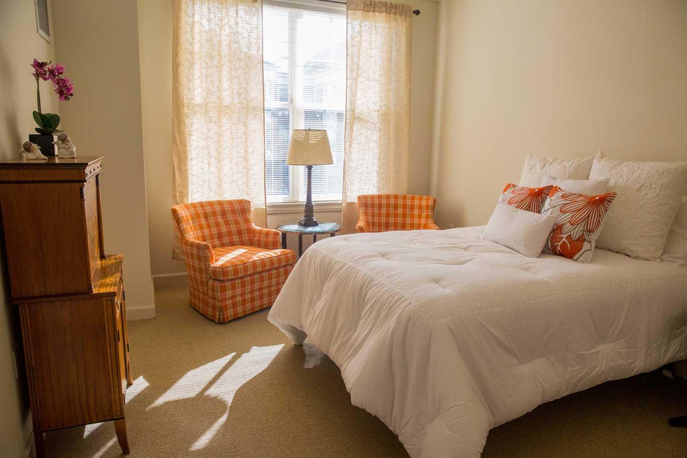 Grand Oaks memory care apartments