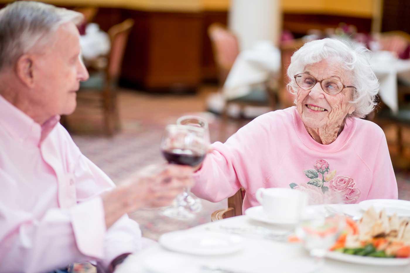 Grand Oaks Respite care dining