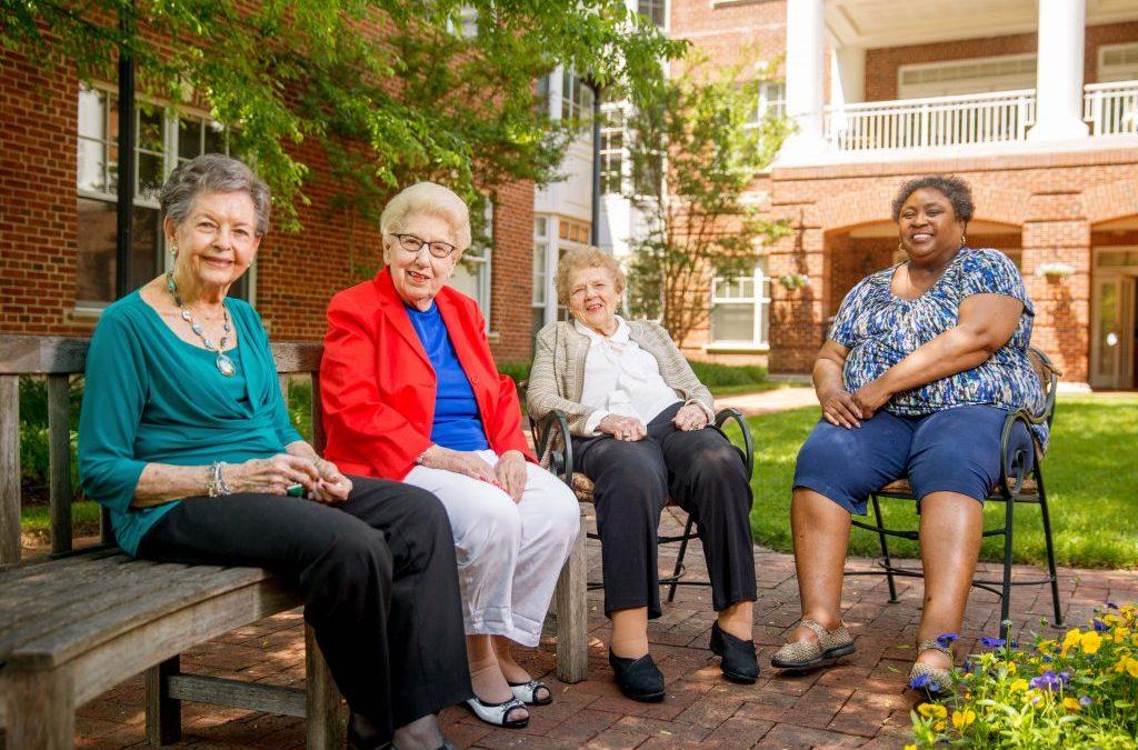 Seniors Help Seniors in Honor of National Senior Citizens Day