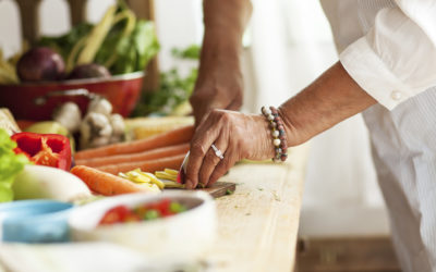 10 Budget-Friendly, Healthy Eating Tips for Seniors